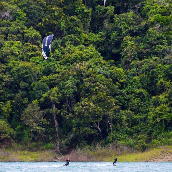 Kitesurf en Lago Calima, Colombia